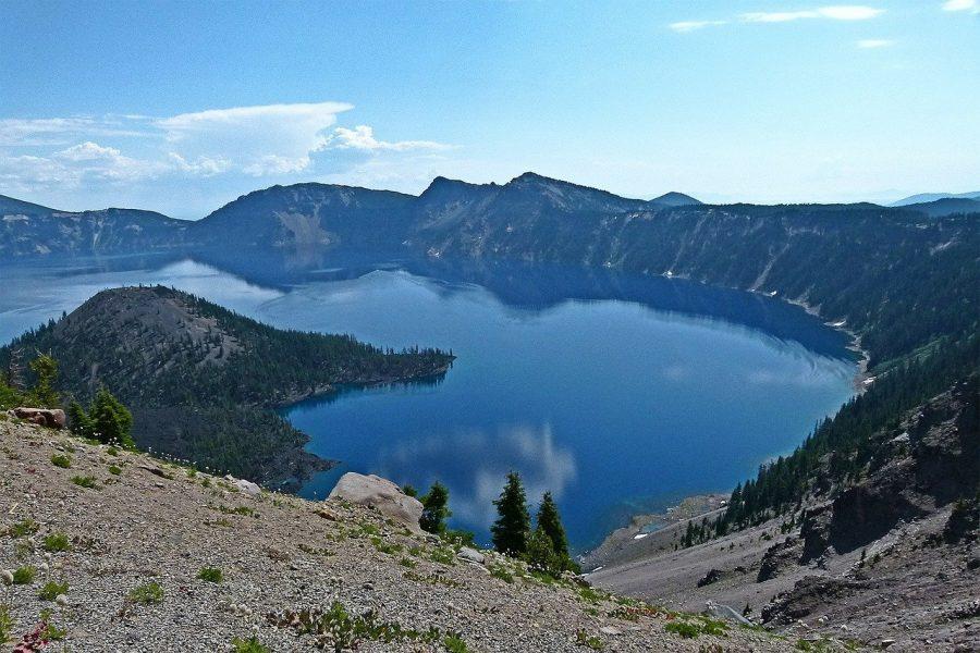Кратер глубокое озеро в США
