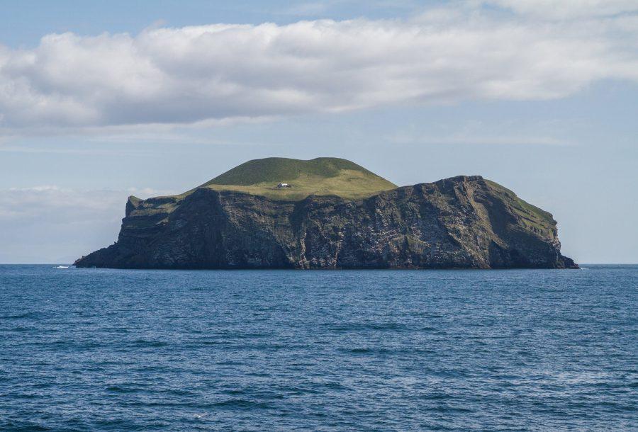 Труднодоступный архипелаг Вестманнаэйяр