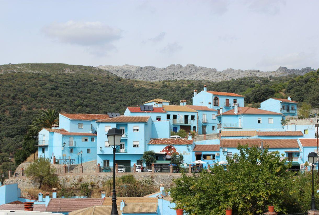 Хускар город в голубых оттенках