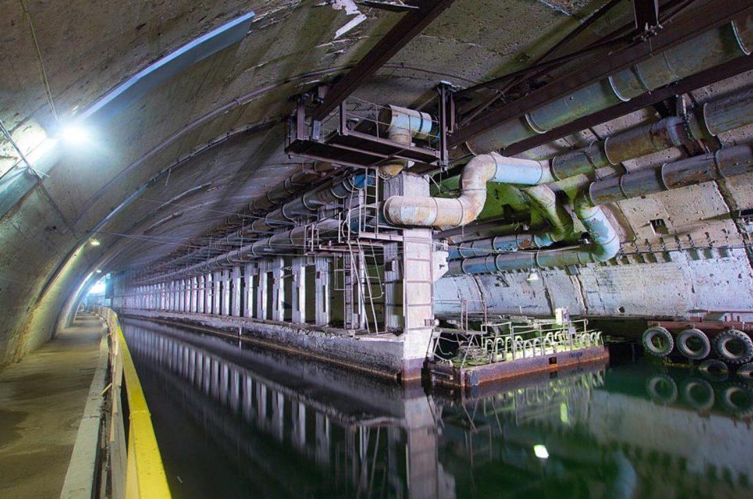 Подземная база для ремонта подлодок