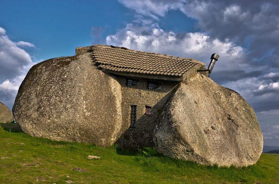 Дом из камня архитектурный памятник