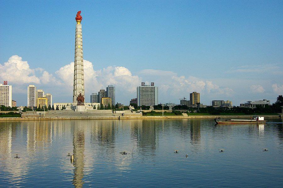 Башня Чучхе в Северной Корее