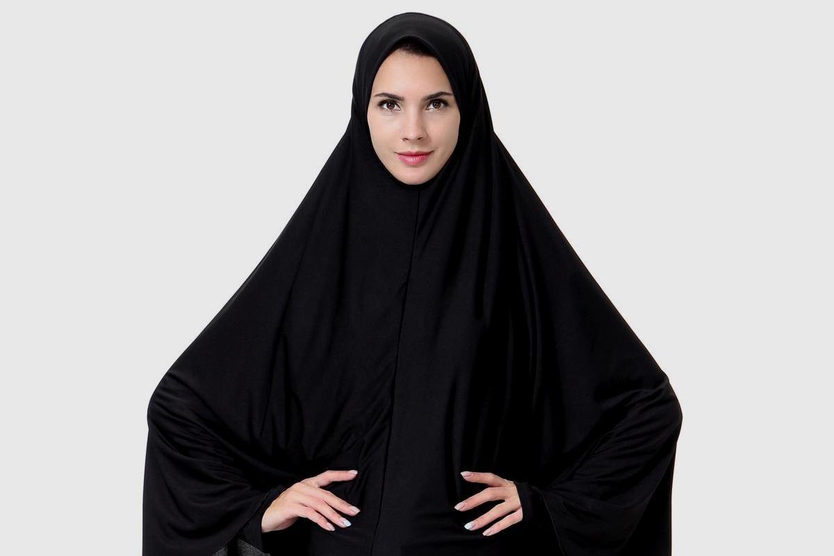 К мусульманским женщинам не приближаться