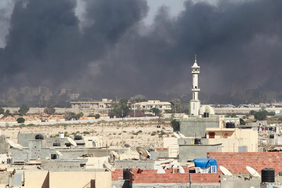 Город Эль-Азизия в Ливии