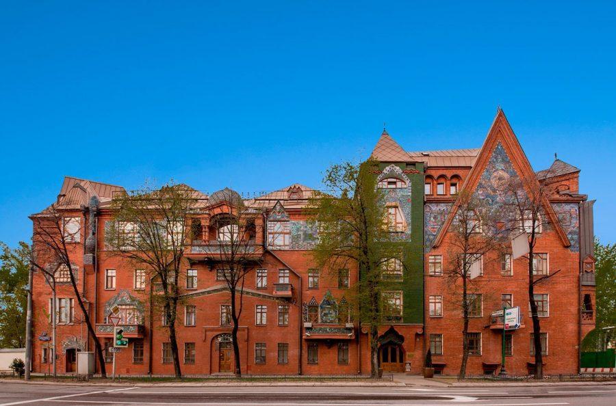 Необычный дом Перцова в Москве