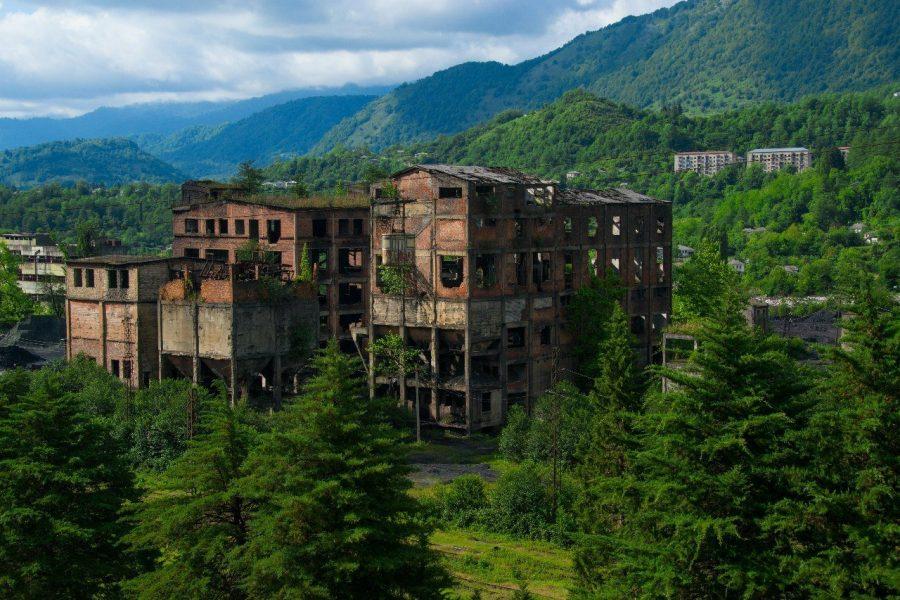 Заброшенный город Ткварчели, Грузия
