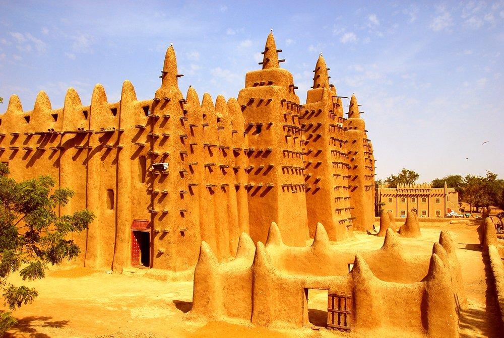 Мусульманская мечеть из глины