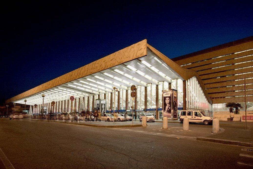 Большой вокзал Термини в Италии