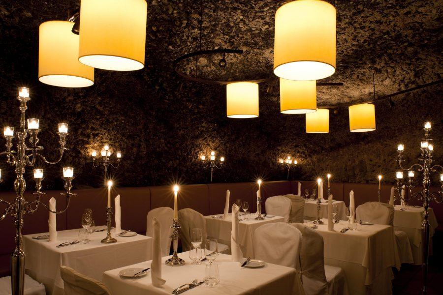 St. Peter Stiftskeller ресторан