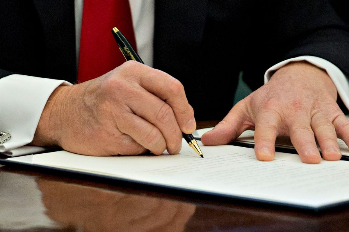 Подписание документа о неразглашении