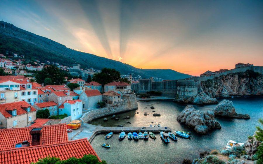 Дубровник, Хорватия для молодых туристов