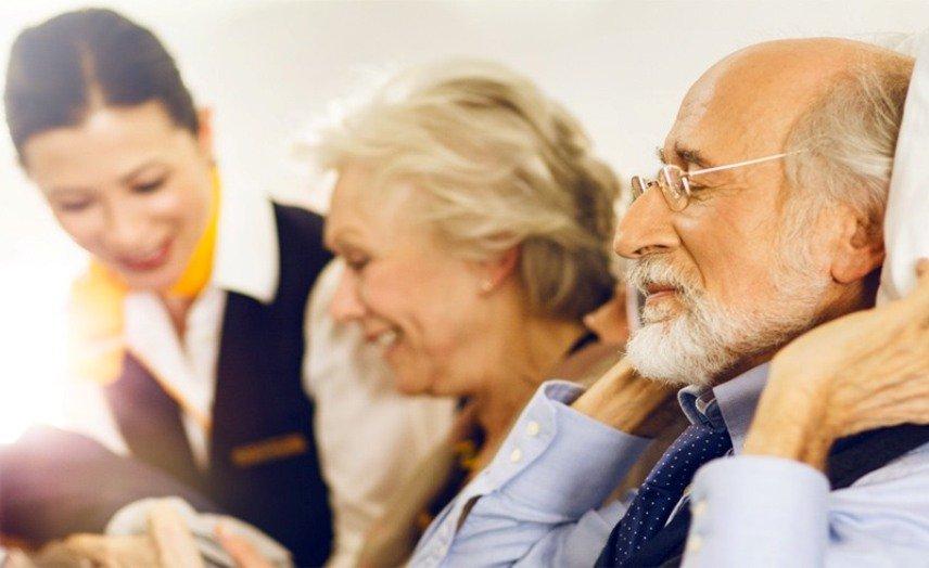 Пассажиры преклонного возраста