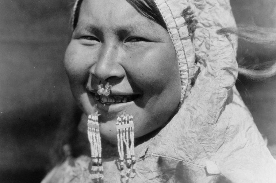 Пирсинг на лице у эскимосов