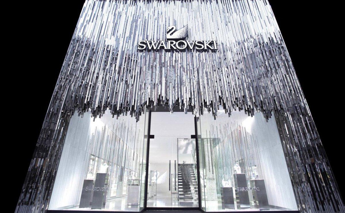 Магазин Сваровски в Токио