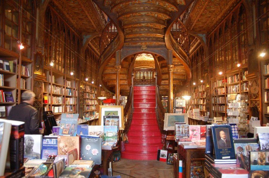 Магазин Livraria Lello в Испании