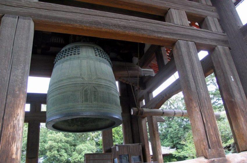В городе Киото колокол в буддийской школе