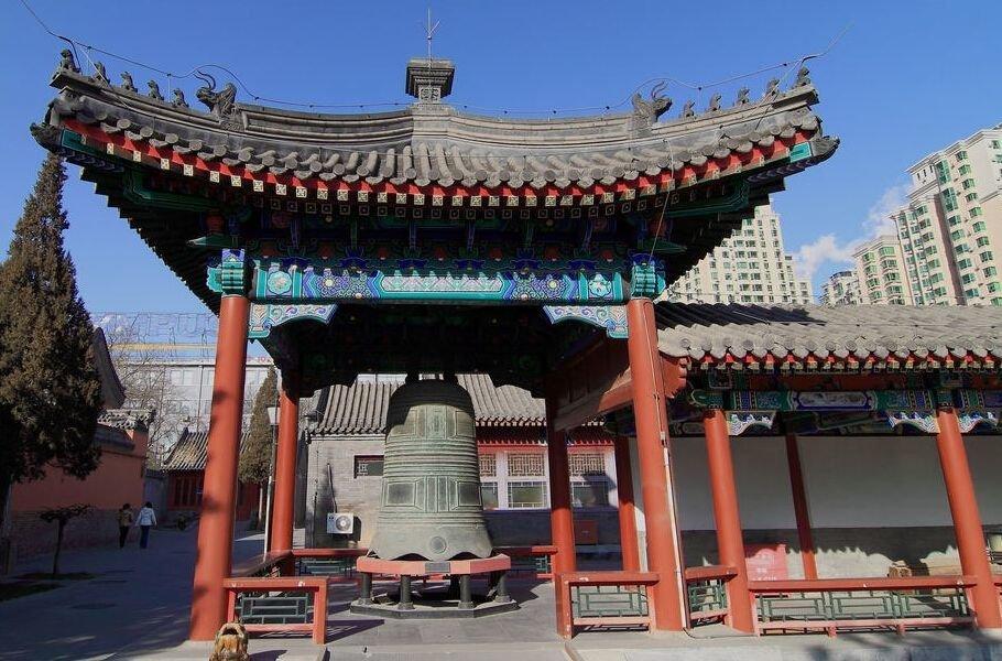 Великий колокол в Китае в храме