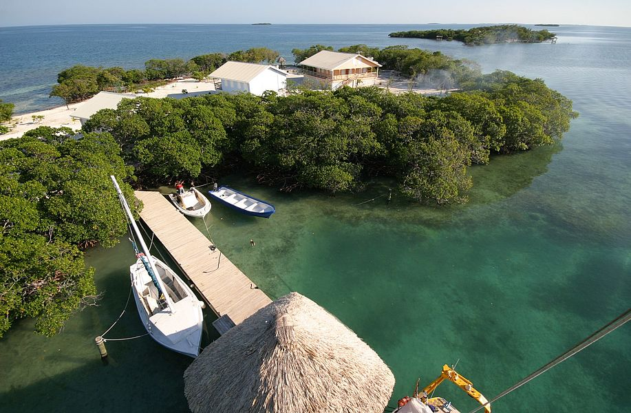 Jewel Caye остров на продаже