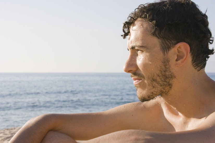 В Италии на пляже запрещены мужчины нудисты