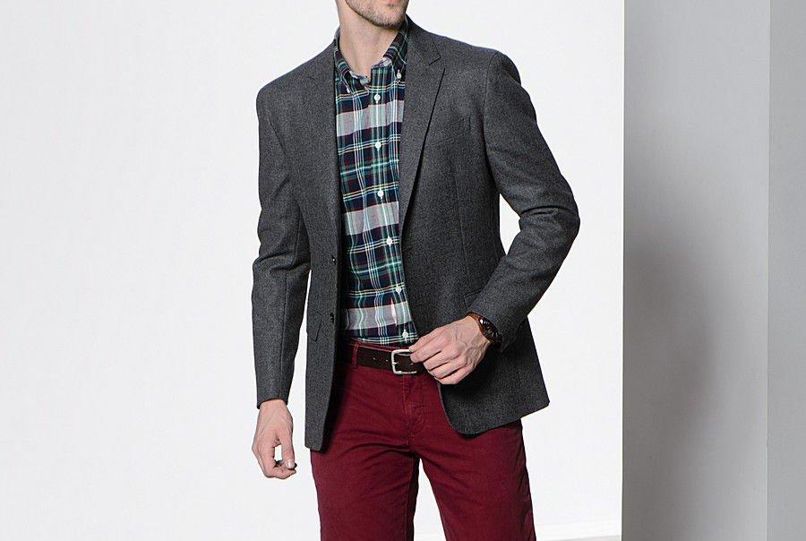 Пиджак и брюки разных цветов запрещены