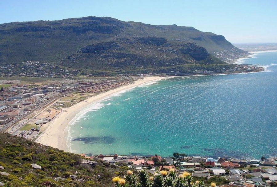 Пляж Фиш Хук в ЮАР опасен для туристов