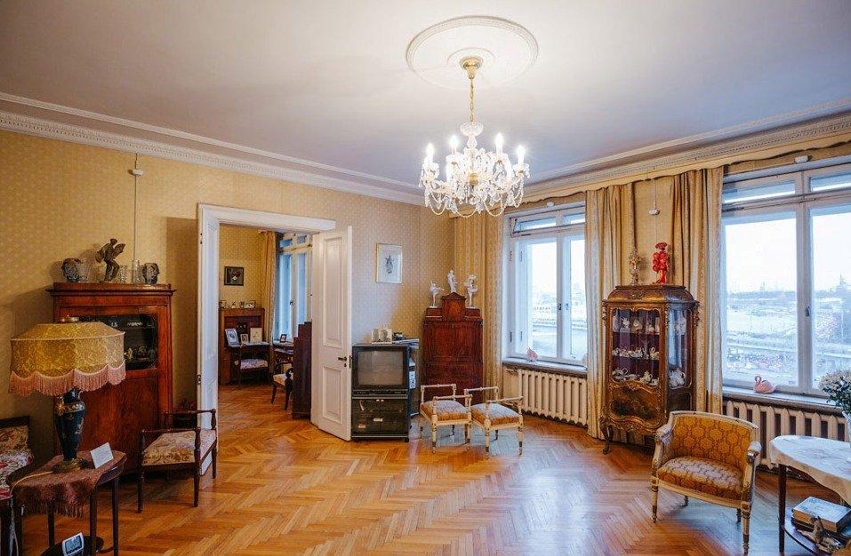 Квартира в сталинской высотке