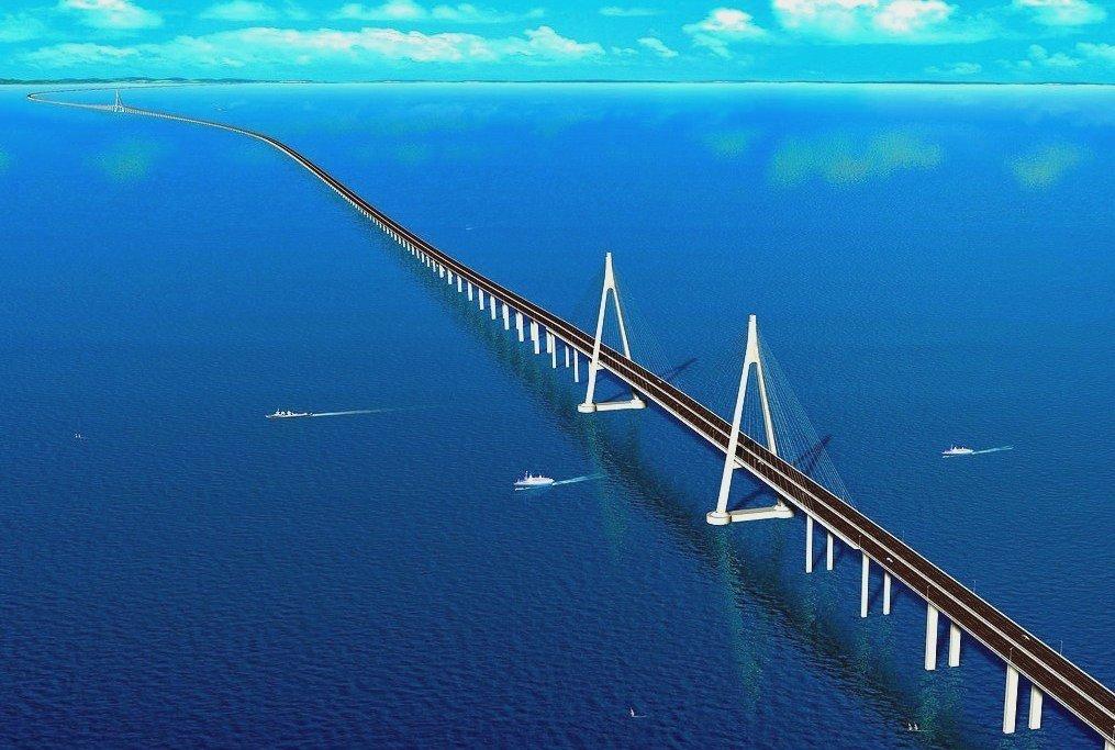 Длинный китайский мост Hangzhou