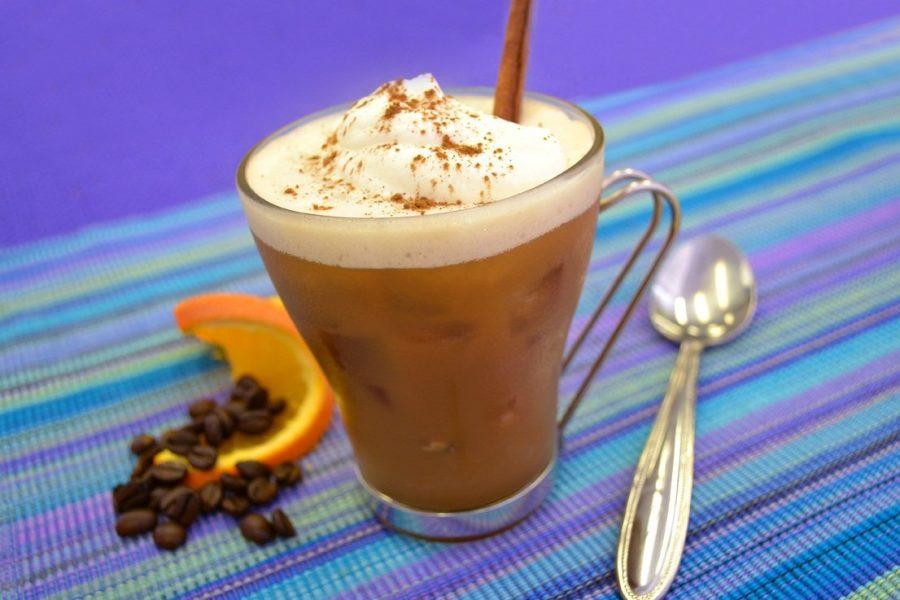Холодный кофе фраппе в Греции