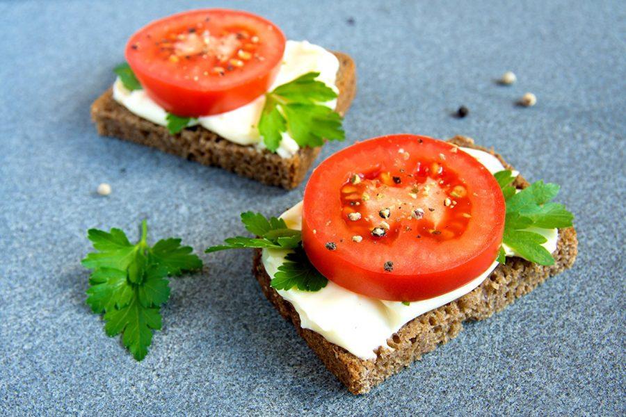 Бутерброды с сыром в дороге