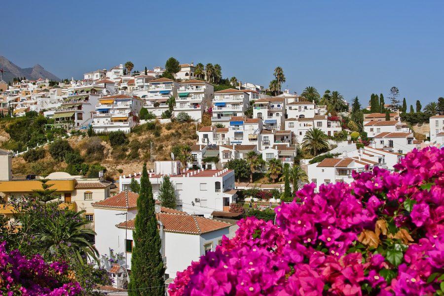 Поехать в Испанию без знания английского