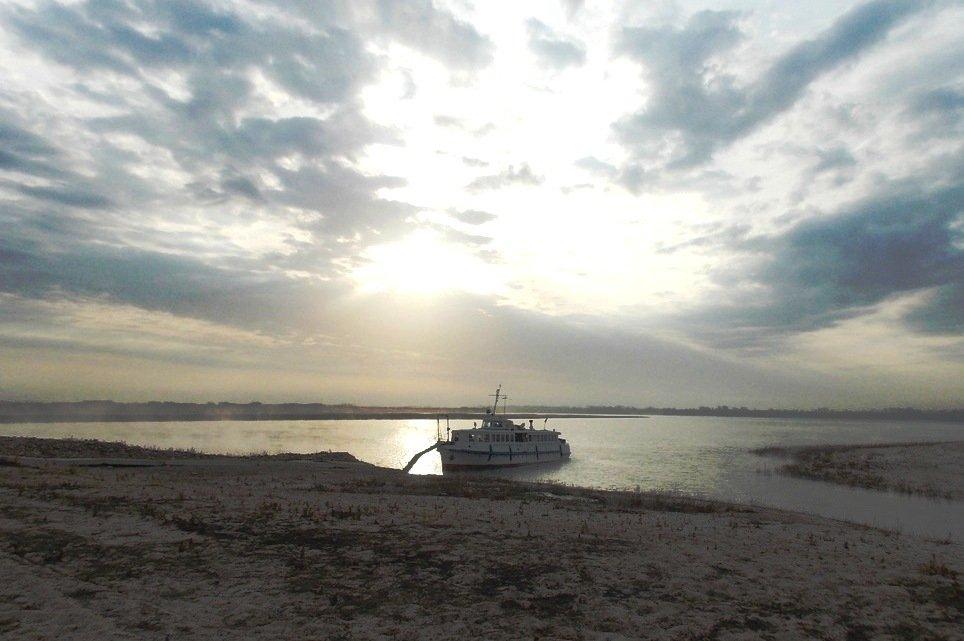 Остров Голодный Волгоград