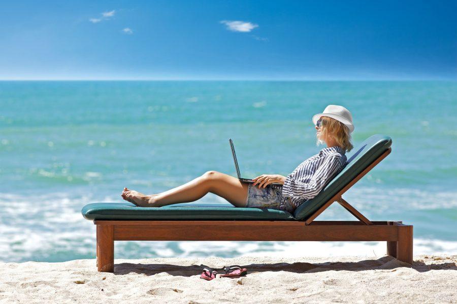 Работа в отпуске вызывает ссоры