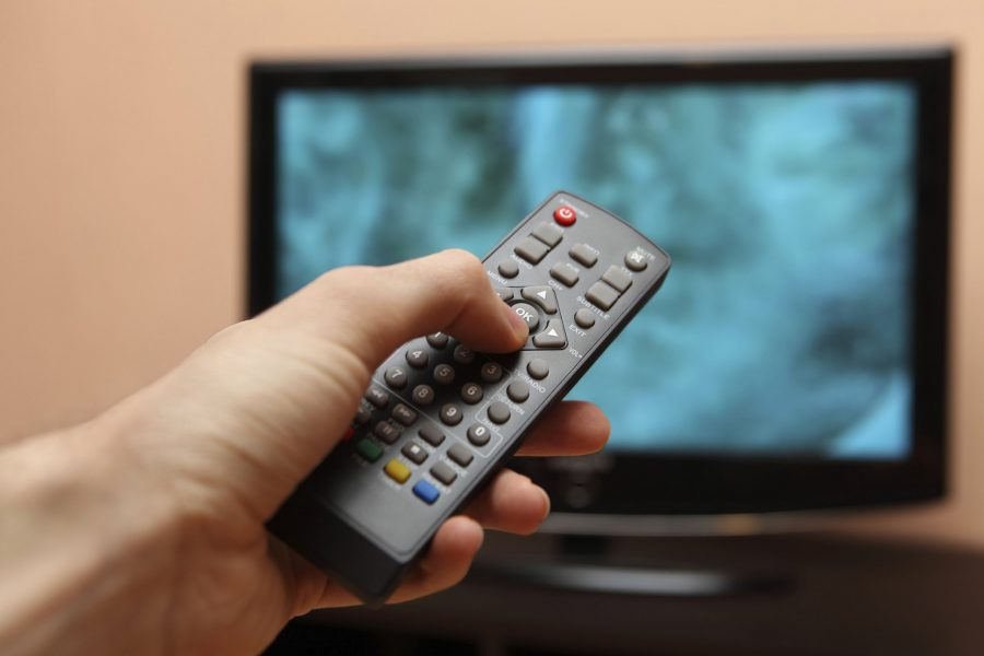 Выключать телевизор в отеле