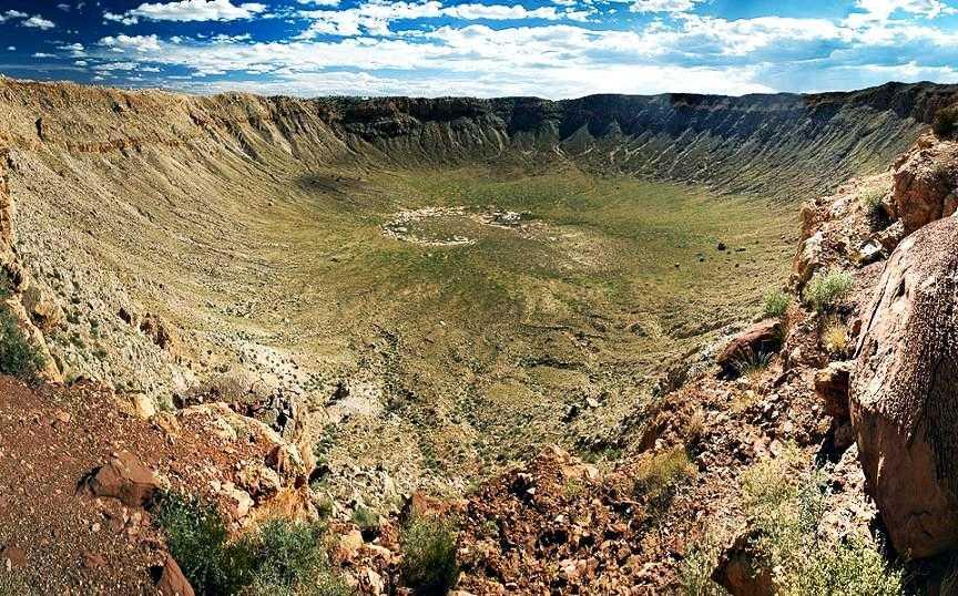 Самый большой кратер Вредефорт