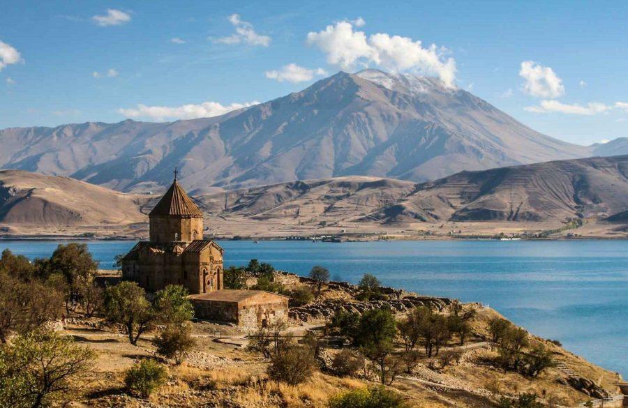 Армения и Абхазия страны для отдыха
