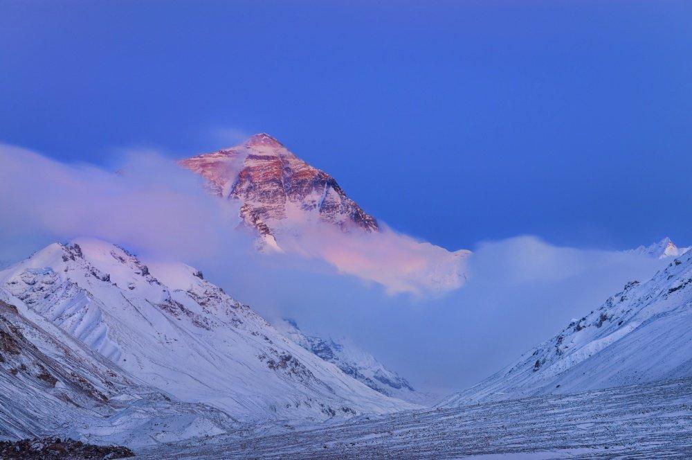 Эверест считается самой высокой горой