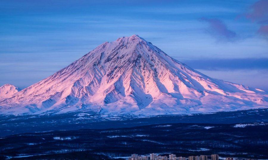Вулкан Корякский в России