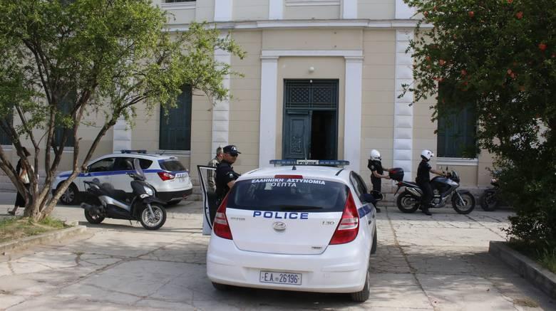 Полицейский участок в Греции