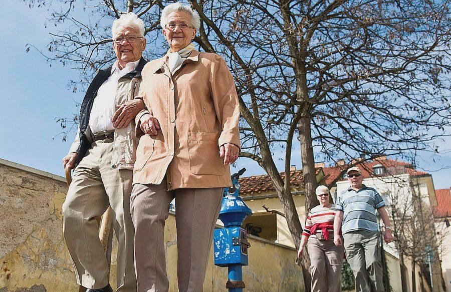 Пенсионеры на отдыхе в Чехии