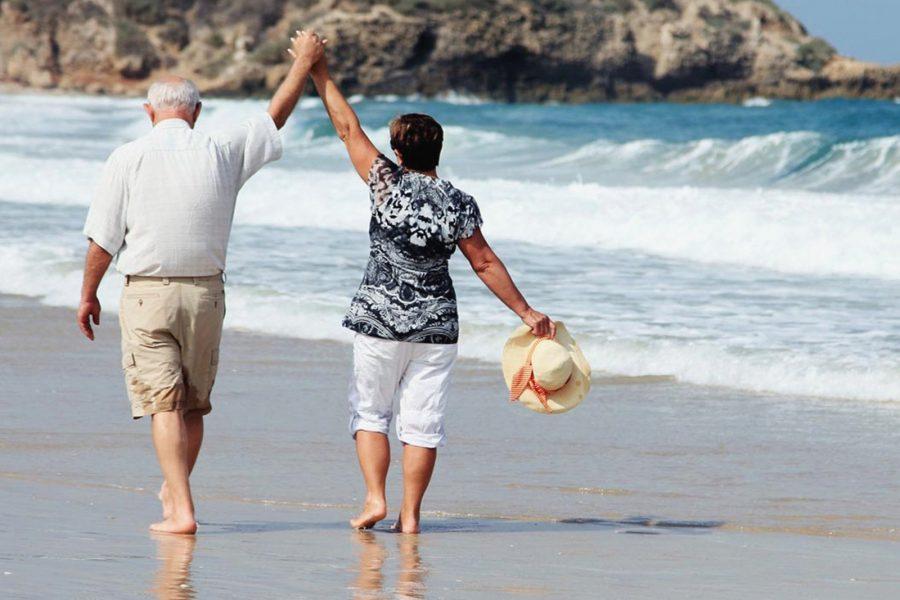 Пенсионеры на отдыхе в Турции