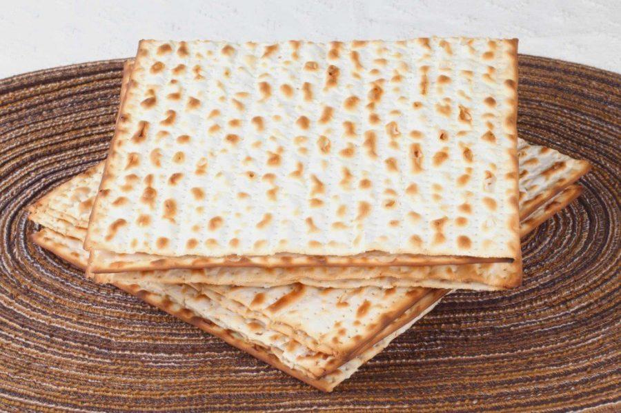 Традиционный хлеб мацу в Израиле