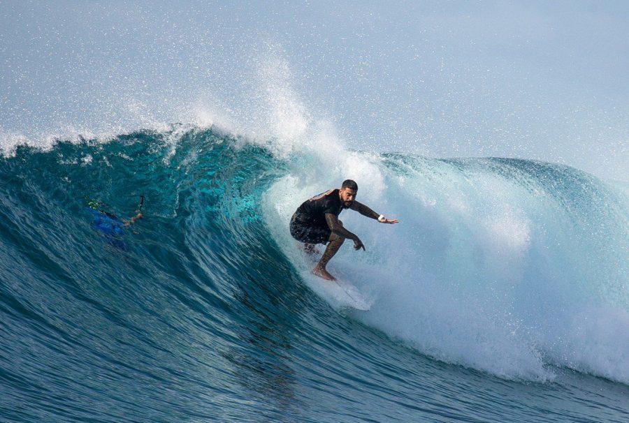Тимати занимается серфингом