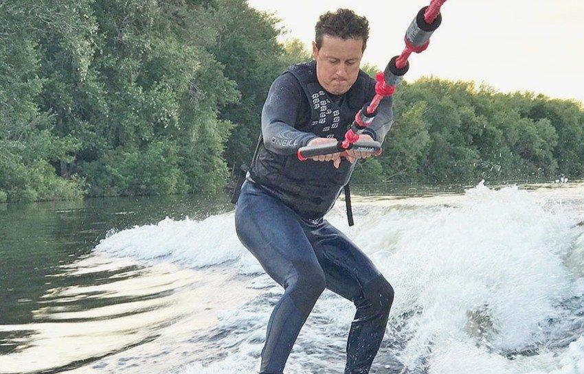 Станислав Ярушин на воде