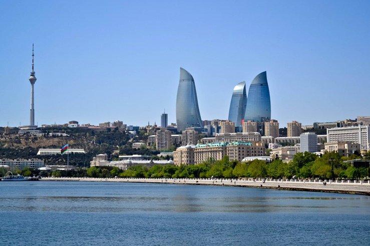 Азербайджанская панорама