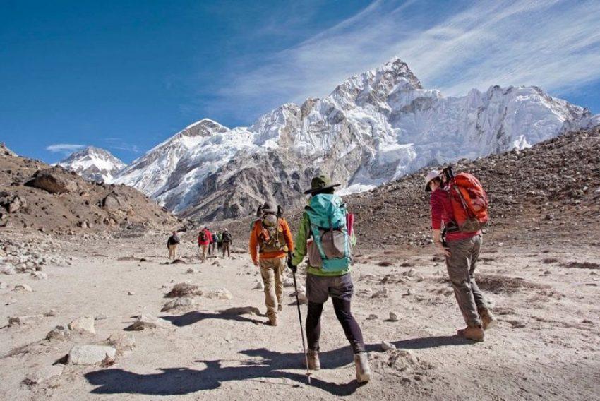 Поход по знаменитым горам Непала