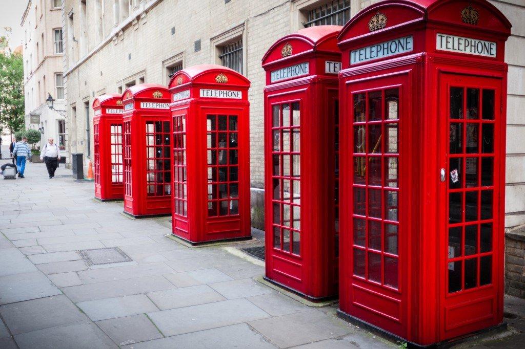 Красные будки в Лондоне