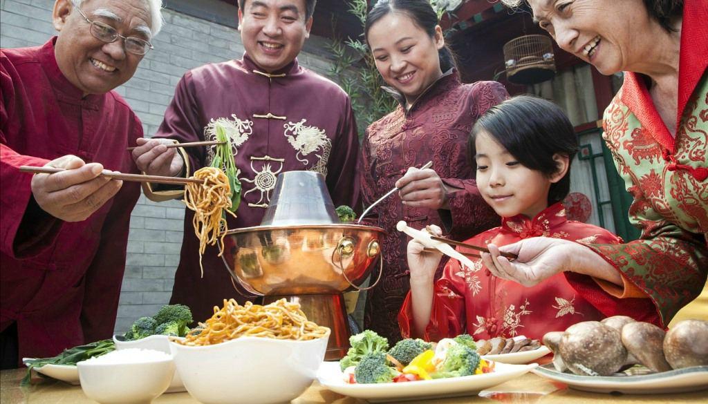 Китайцы за обедом