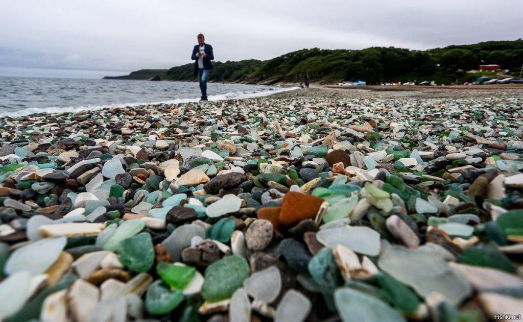 Стеклянный пляж в Японии