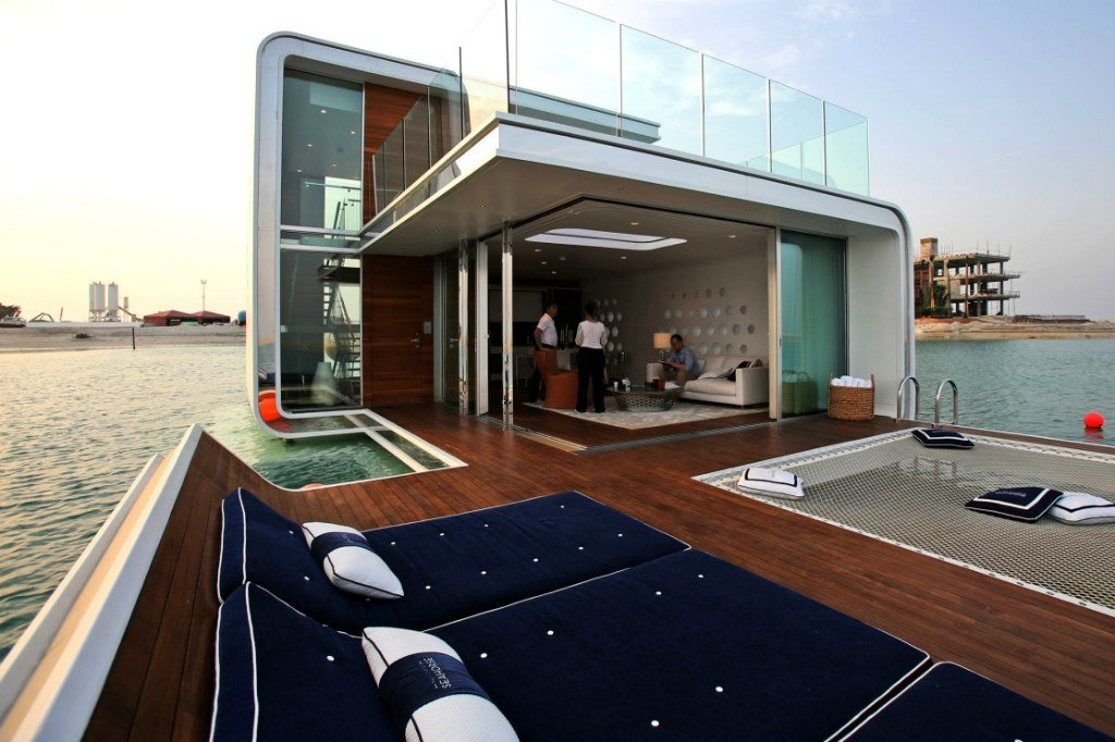 Плавучий дом в Дубае