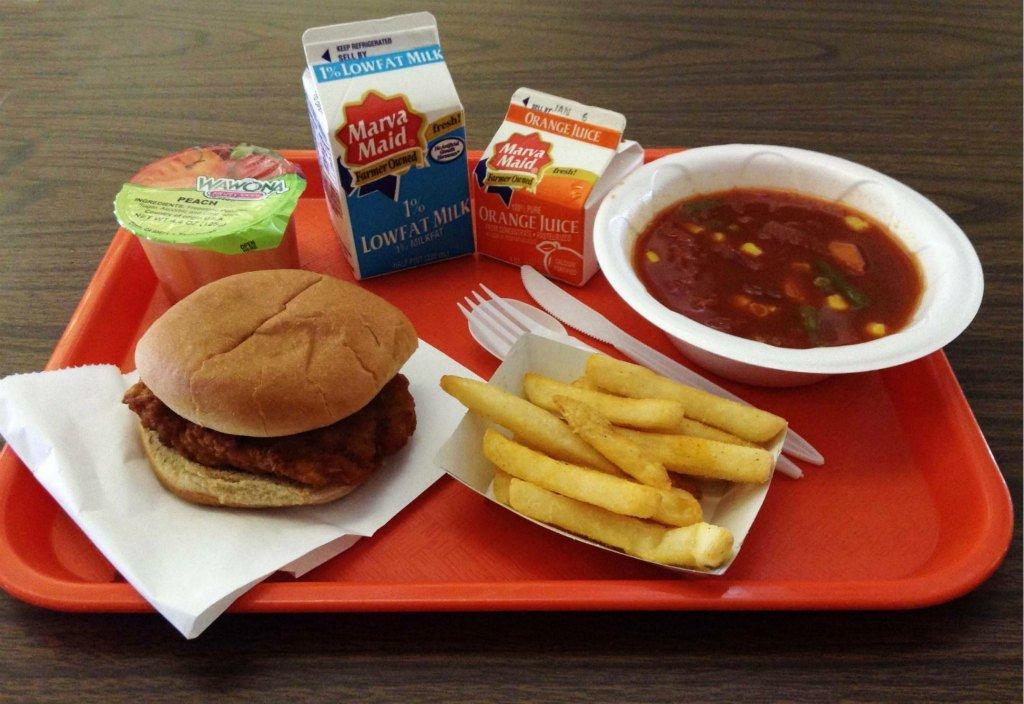 Американский обед в школе